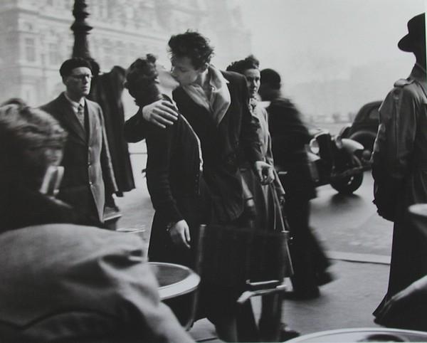 The Kiss - Bức ảnh mang tính biểu tượng vĩnh cửu của tình yêu 1