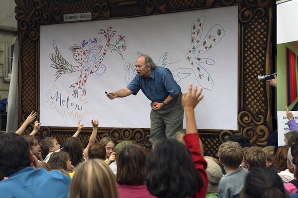 Thời thơ ấu kỳ lạ của các họa sĩ vẽ minh họa nổi tiếng thế giới 2