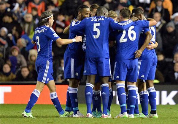 """Bản tin sáng 22/12: Chelsea """"tàn nhẫn"""" như Man United 1"""