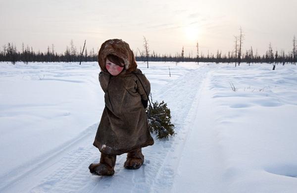 Những hình ảnh đáng sợ về giá lạnh bất thường tại Nga 11