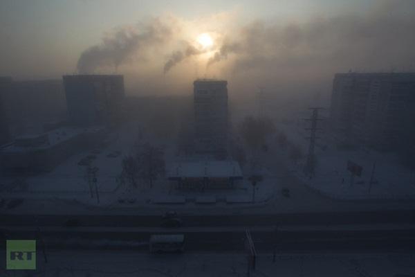 Những hình ảnh đáng sợ về giá lạnh bất thường tại Nga 14