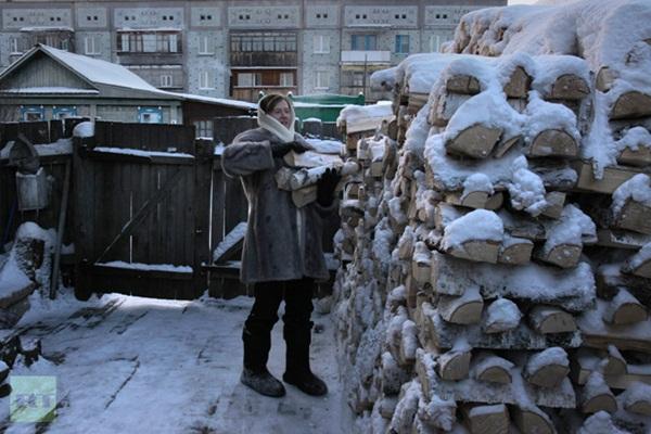 Những hình ảnh đáng sợ về giá lạnh bất thường tại Nga 15