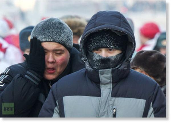 Những hình ảnh đáng sợ về giá lạnh bất thường tại Nga 7
