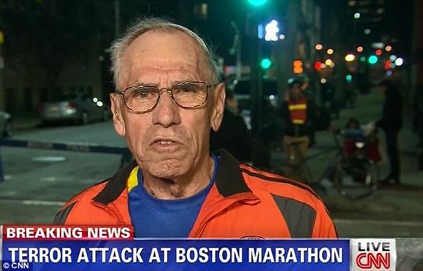 Mặc bom nổ, cụ ông 78 tuổi vẫn cố hoàn thành đường đua tại Boston 5