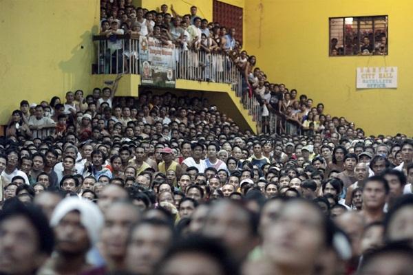 Hình ảnh ấn tượng về sự đông đúc của dân số thế giới 11