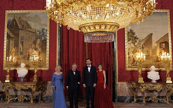 Dinh thự xa hoa của các Hoàng gia trên Thế giới 13