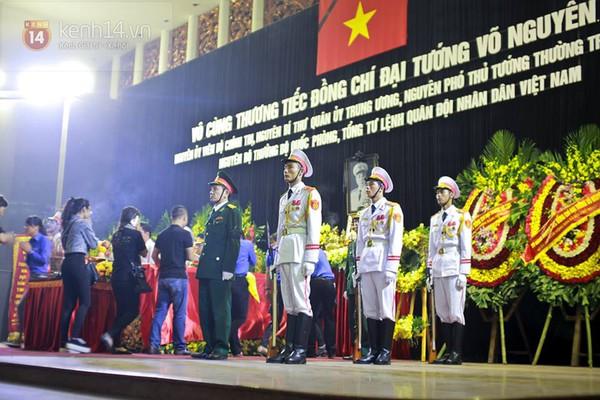 10 ngày tang lễ lịch sử của Đại tướng Võ Nguyên Giáp qua ảnh 19