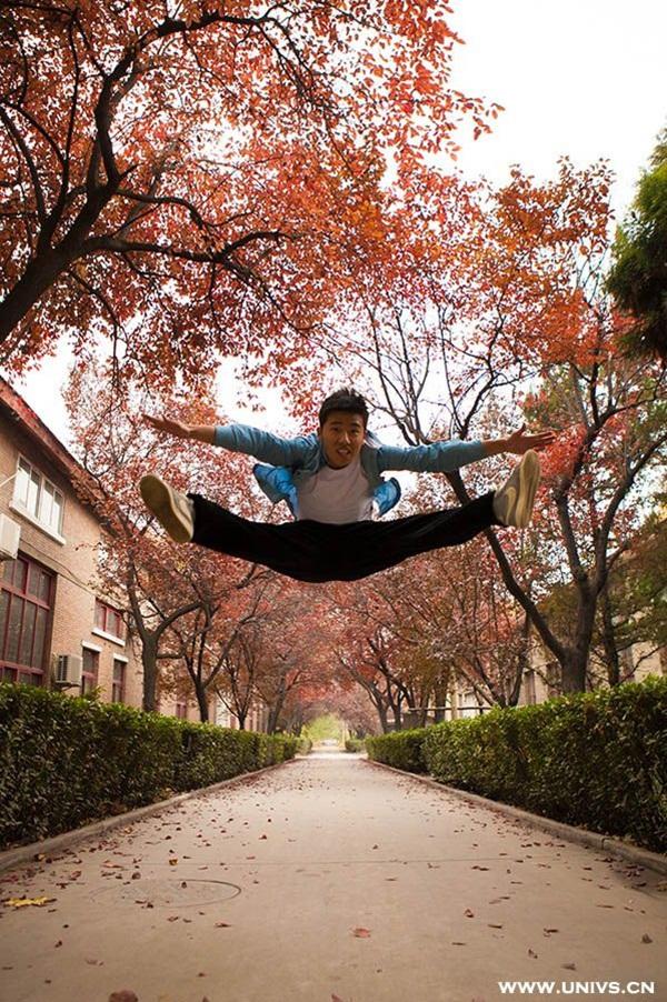"""Thú vị bộ ảnh """"Vũ điệu sân trường"""" của sinh viên Trung Quốc 1"""