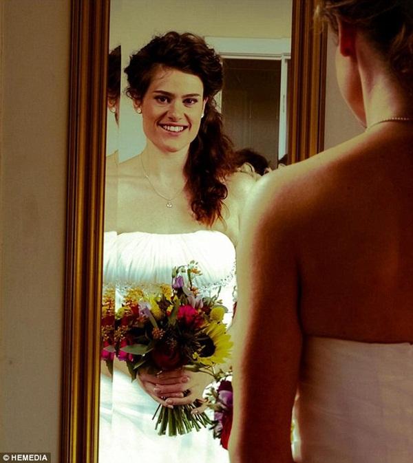 Cô gái bắt bạn trai đợi 7 năm mới kết hôn vì... quá béo 4