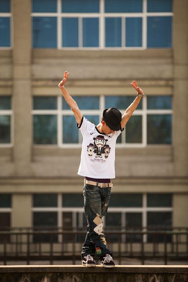 """Thú vị bộ ảnh """"Vũ điệu sân trường"""" của sinh viên Trung Quốc 17"""