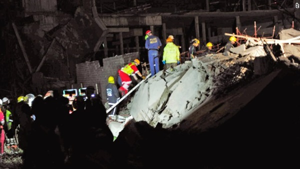 Sập công trình xây dựng trung tâm thương mại, 40 người bị chôn vùi trong đống đổ nát 2