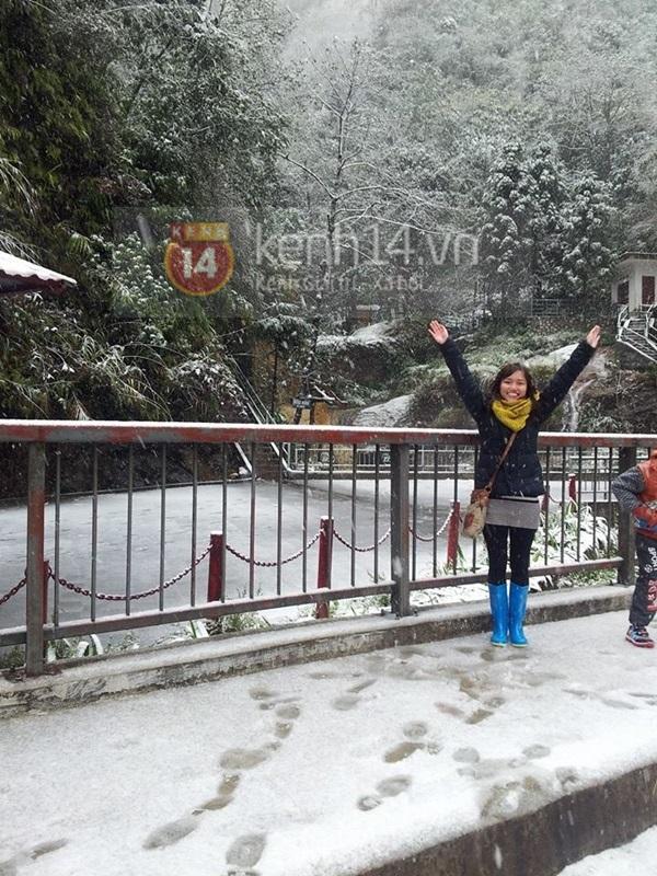 Chùm ảnh hot: Tuyết rơi dày, phủ trắng Sa Pa 17