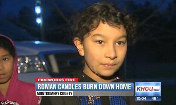 Chơi pháo hoa, cô bé 10 tuổi vô tình thiêu rụi cả căn nhà 3