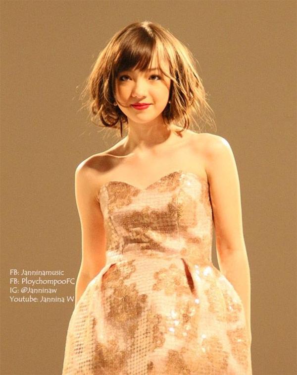 """Hot girl Thái Lan cực xinh cover """"Bèo dạt mây trôi"""" 11"""
