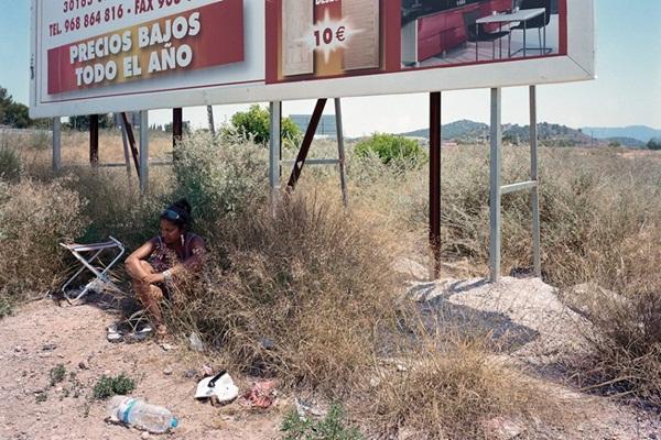 """Bộ ảnh chân thực về """"gái đứng đường"""" ở Tây Ban Nha 6"""