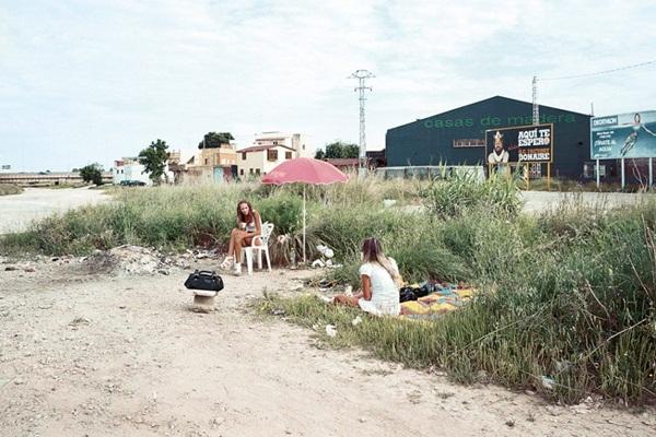 """Bộ ảnh chân thực về """"gái đứng đường"""" ở Tây Ban Nha 25"""