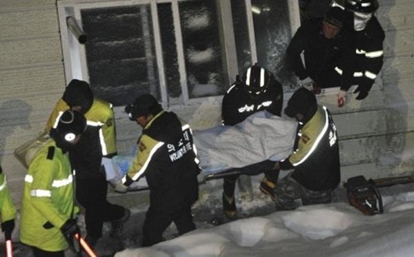 Trần nhà sập, ít nhất 9 sinh viên năm nhất thiệt mạng 1