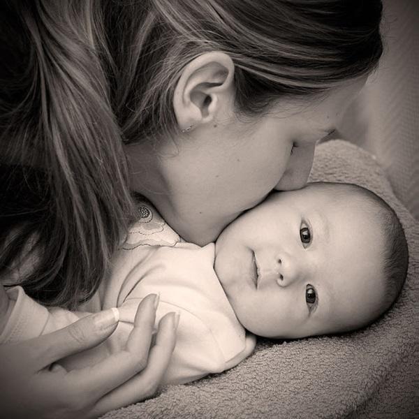 """""""Dù mẹ không hoàn hảo nhưng mẹ luôn yêu con theo cách hoàn hảo nhất"""" 8"""