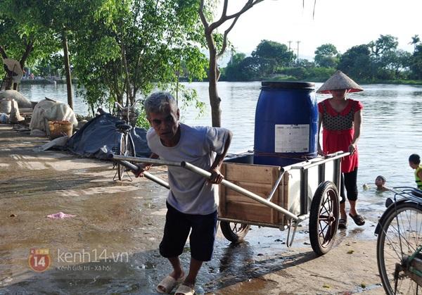 Hà Nội: Cả làng bơm nước ao tù để dùng làm nước sinh hoạt hàng ngày 12