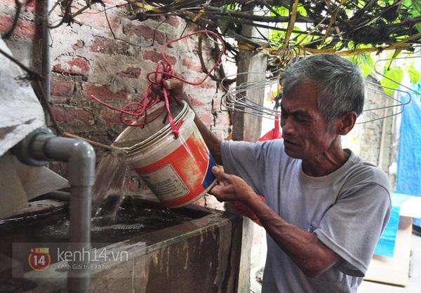 Hà Nội: Cả làng bơm nước ao tù để dùng làm nước sinh hoạt hàng ngày 13