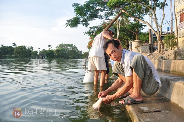 Hà Nội: Cả làng bơm nước ao tù để dùng làm nước sinh hoạt hàng ngày 14