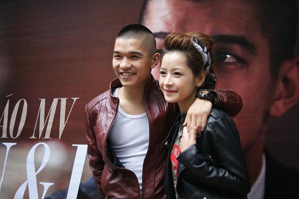 """Những cặp đôi """"chia tay vẫn làm bạn"""" của showbiz Việt 8"""