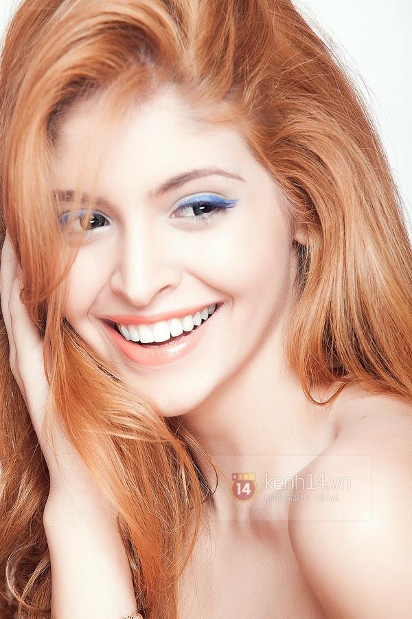 Make up với eyeliner xanh dương mát mẻ cho kì nghỉ trên biển 5