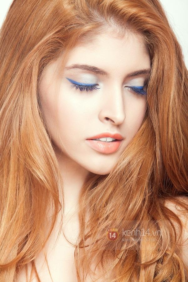 Make up với eyeliner xanh dương mát mẻ cho kì nghỉ trên biển 7