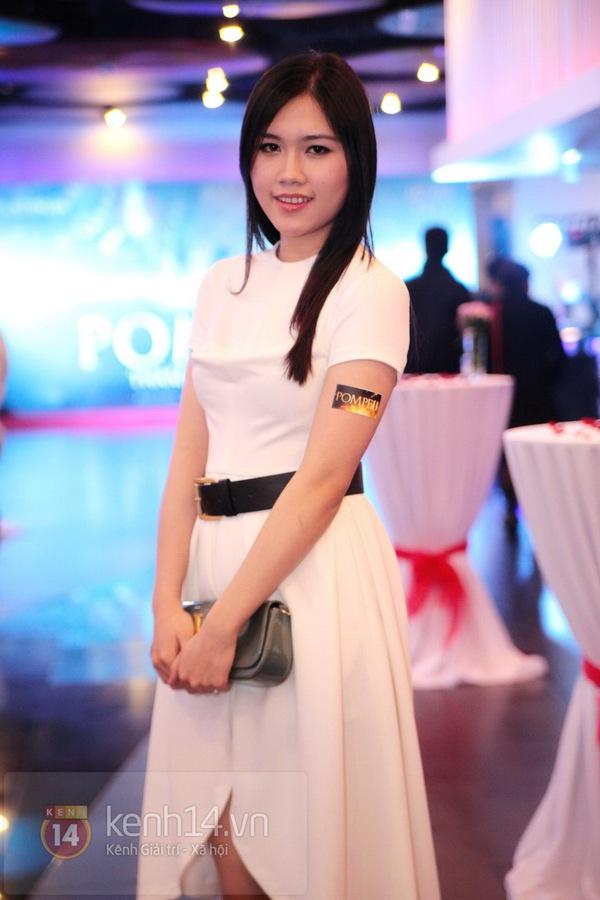 Hà Min chun mũi định hôn Chibi Hoàng Yến  14