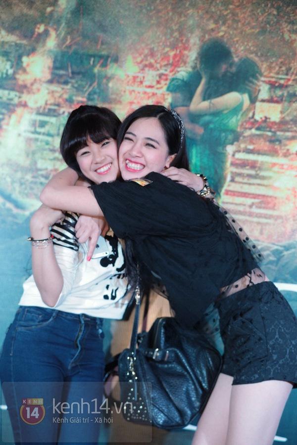 Hà Min chun mũi định hôn Chibi Hoàng Yến  3