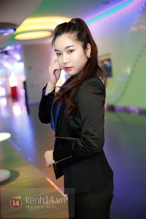 Hà Min chun mũi định hôn Chibi Hoàng Yến  12