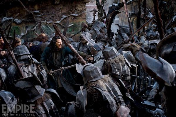"""Rồng ác """"The Hobbit 3"""" nhấn chìm tất cả trong biển lửa 3"""