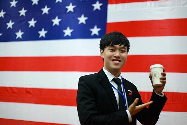 Bảng thành tích khủng của chàng SV Việt từng được gặp tổng thống Obama 16