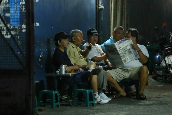 Chùm ảnh: Nhịp sống của người Sài Gòn vào buổi sáng sớm 7