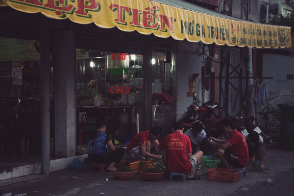Chùm ảnh: Nhịp sống của người Sài Gòn vào buổi sáng sớm 4