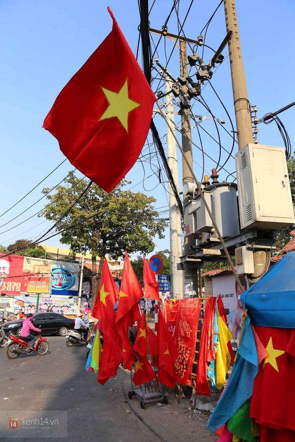 Chùm ảnh: Không khí Tết đã rộn ràng trên từng góc phố Sài Gòn 2