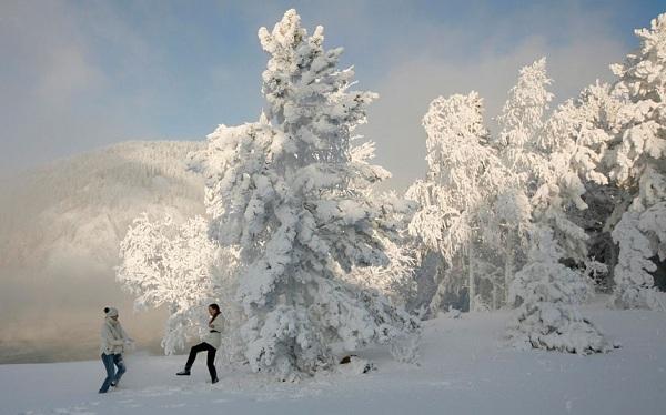 Những hình ảnh đáng sợ về giá lạnh bất thường tại Nga 27