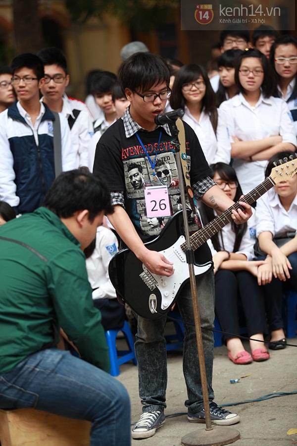 Sa Lim cực xinh làm giám khảo casting cho teen Phan Đình Phùng 12