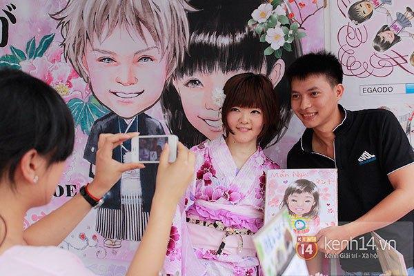 Giới trẻ Hà thành sôi động cùng lễ hội hoa anh đào 8