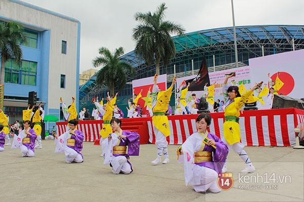 Giới trẻ Hà thành sôi động cùng lễ hội hoa anh đào 16