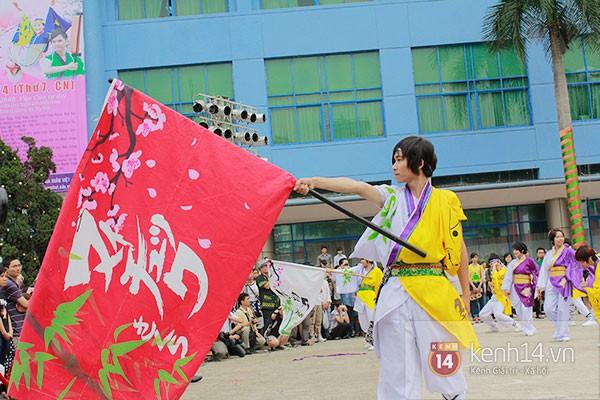 Giới trẻ Hà thành sôi động cùng lễ hội hoa anh đào 17