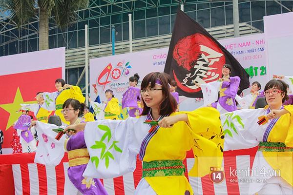 Giới trẻ Hà thành sôi động cùng lễ hội hoa anh đào 18