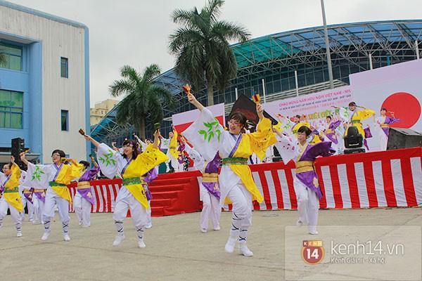 Giới trẻ Hà thành sôi động cùng lễ hội hoa anh đào 19