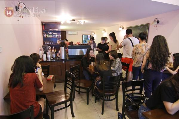 Rộ trào lưu cafe take-away của giới trẻ Việt 1
