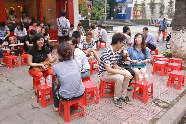 Rộ trào lưu cafe take-away của giới trẻ Việt 4