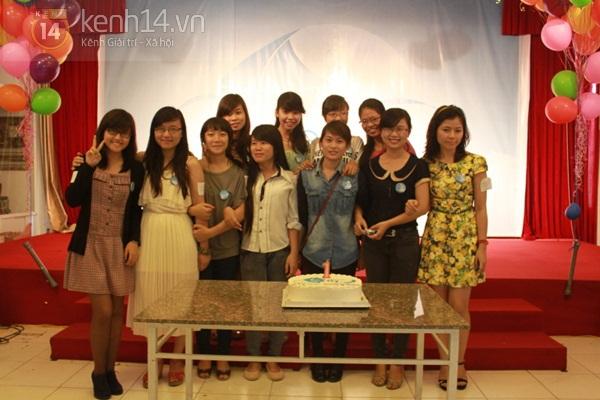 Cận cảnh công việc làm sub phim cực thú vị của teen Việt 12
