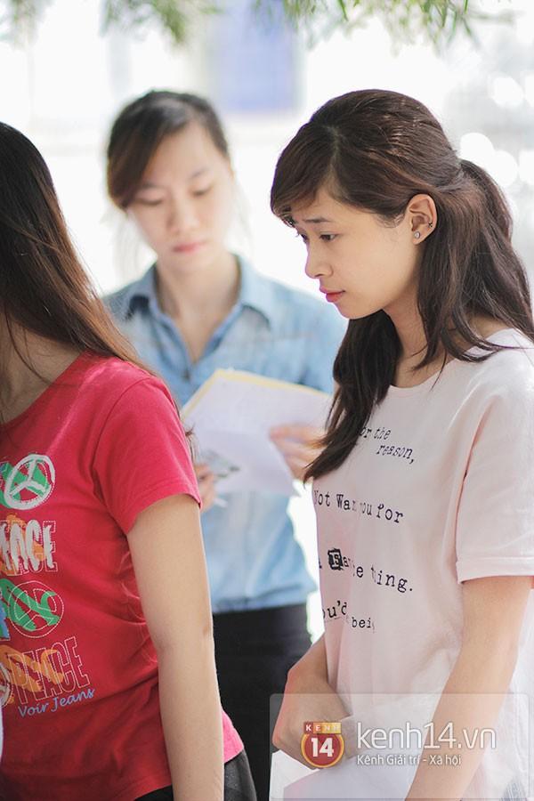 Nữ sinh dự thi Đại Học Sân khấu điện ảnh Hà Nội: Xinh cực là xinh! 11