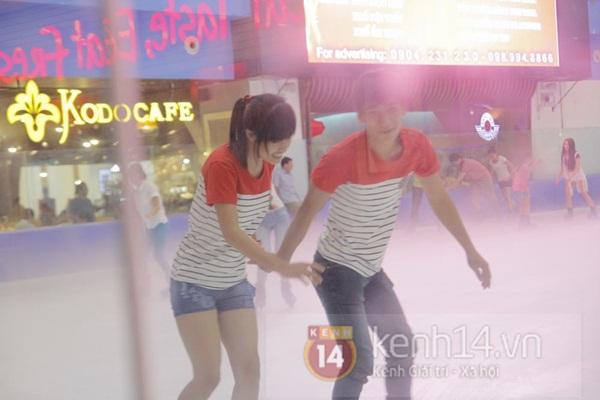Teen Hà Thành đổ xô đến trung tâm mua sắm dưới lòng đất dịp cuối tuần 17