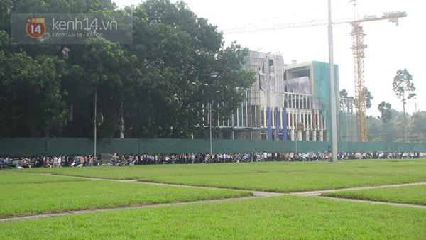 Toàn cảnh hàng trăm nghìn người đến viếng Đại tướng trong ngày cuối cùng 39