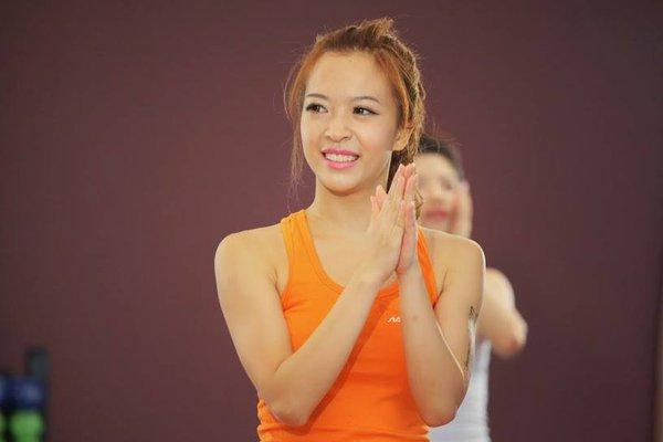 Hana Giang Anh - Cô nàng HLV thể dục 20 tuổi cực hot trên Youtube 12